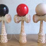オリジナルデザインをレーザー彫刻した『デザインけん玉』制作しました。