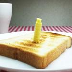 3Dプリンタで初めての作品、ピサの斜塔型バター『Pisa Toast』!?